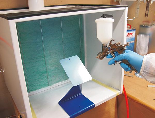APP PUM Podstawka i uchwyt magnetyczny